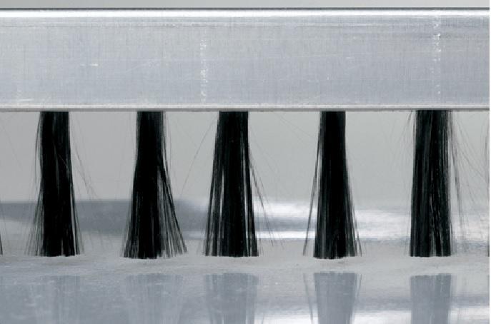 Descarcare electrostatica prin fibra de carbon